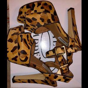 Steve Madden Leopard platform..